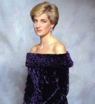 Princess-Diana-Beautiful-Dress-1280X960-22